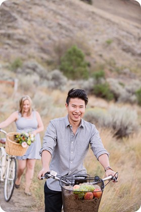 Kelowna-engagement-session_coffee-Knox-Mountain-cruiser-bikes_Okanagan-photographer_80_by-Kevin-Trowbridge