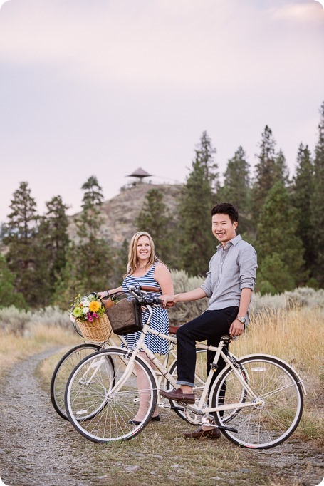 Kelowna-engagement-session_coffee-Knox-Mountain-cruiser-bikes_Okanagan-photographer_82_by-Kevin-Trowbridge