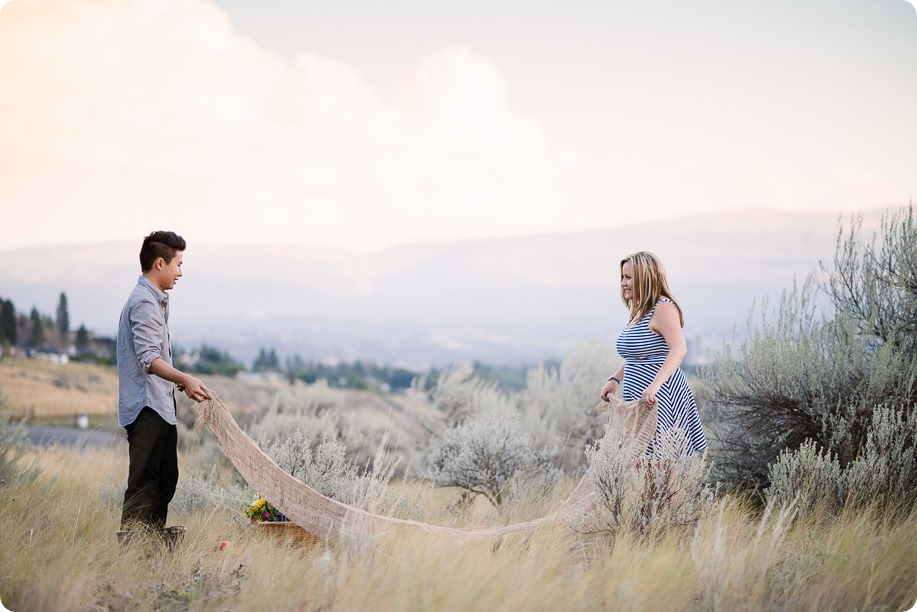 Kelowna-engagement-session_coffee-Knox-Mountain-cruiser-bikes_Okanagan-photographer_97_by-Kevin-Trowbridge