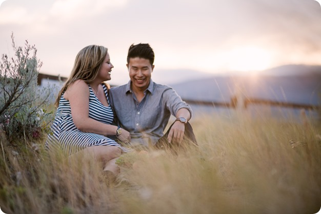 Kelowna-engagement-session_coffee-Knox-Mountain-cruiser-bikes_Okanagan-photographer_99_by-Kevin-Trowbridge