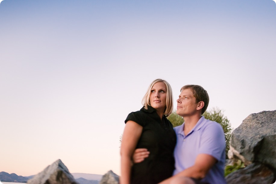 Kelowna-engagement-session_lake-dog-portraits_Okanagan-photographer_120_by-Kevin-Trowbridge