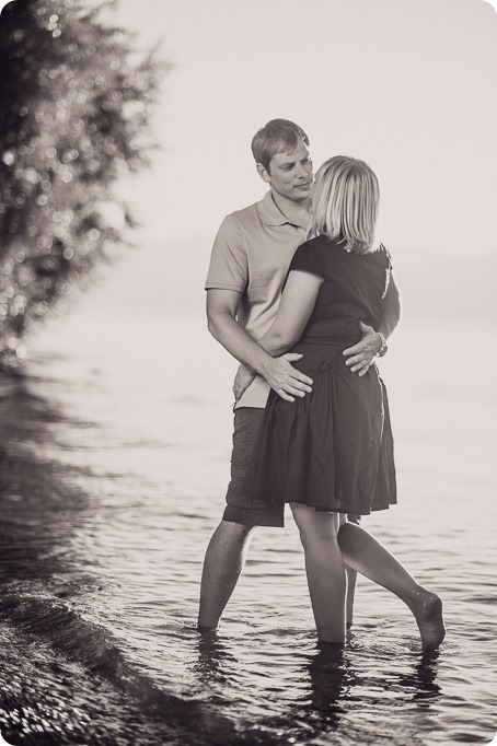 Kelowna-engagement-session_lake-dog-portraits_Okanagan-photographer_92_by-Kevin-Trowbridge