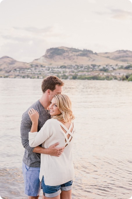 Kelowna-wedding-photographer_Okanagan engagement session_Kal beach_44417_by-Kevin-Trowbridge