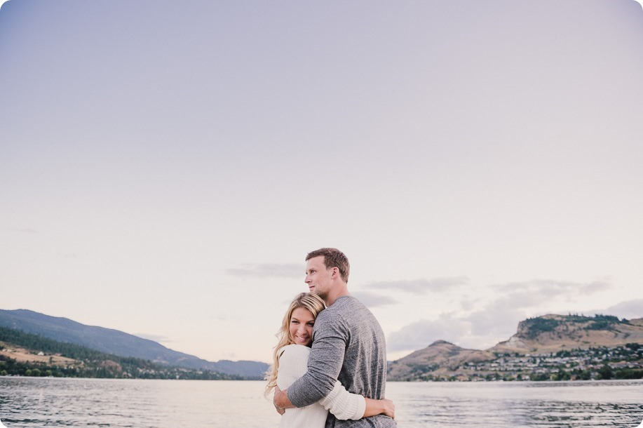 Kelowna-wedding-photographer_Okanagan engagement session_Kal beach_44494_by-Kevin-Trowbridge