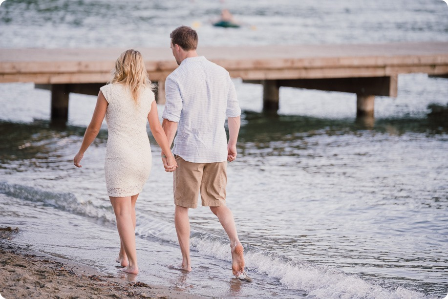 Kelowna-wedding-photographer_Okanagan engagement session_Kal beach_88591_by-Kevin-Trowbridge