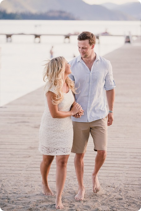 Kelowna-wedding-photographer_Okanagan engagement session_Kal beach_88707_by-Kevin-Trowbridge