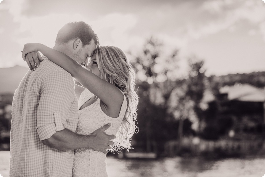 Kelowna-wedding-photographer_Okanagan engagement session_Kal beach_88838_by-Kevin-Trowbridge