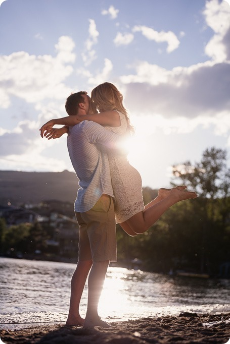 Kelowna-wedding-photographer_Okanagan engagement session_Kal beach_88893_by-Kevin-Trowbridge