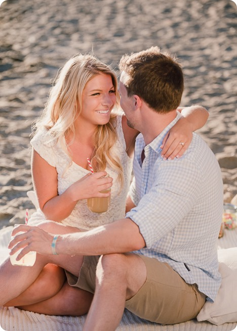 Kelowna-wedding-photographer_Okanagan engagement session_Kal beach_88939_by-Kevin-Trowbridge