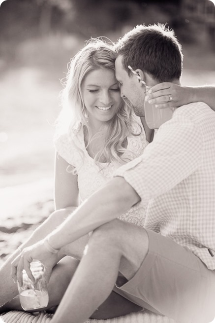 Kelowna-wedding-photographer_Okanagan engagement session_Kal beach_88976_by-Kevin-Trowbridge