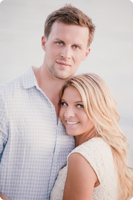 Kelowna-wedding-photographer_Okanagan engagement session_Kal beach_89148_by-Kevin-Trowbridge