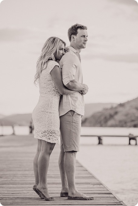 Kelowna-wedding-photographer_Okanagan engagement session_Kal beach_89171_by-Kevin-Trowbridge