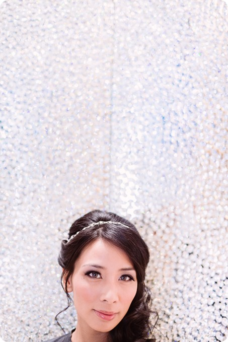 Sparkling-Hill-wedding_glamourous-crystal-decor_Lazaro-bridal-gown_06_by-Kevin-Trowbridge