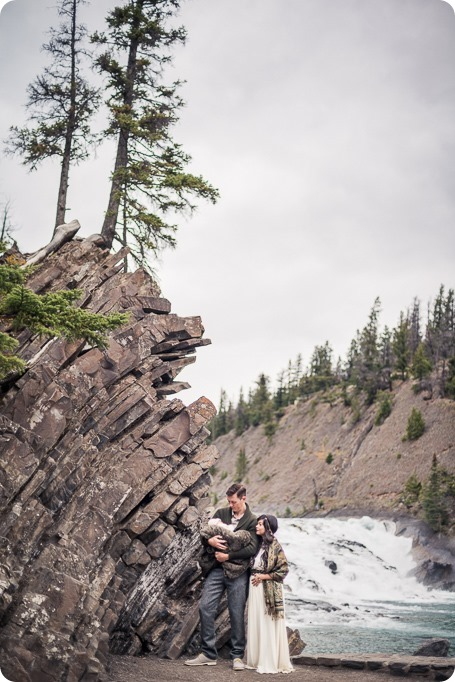 Banff-portraits_moss-forest_Fairmont-bohemian-family-session-newborn_06_by-Kevin-Trowbridge