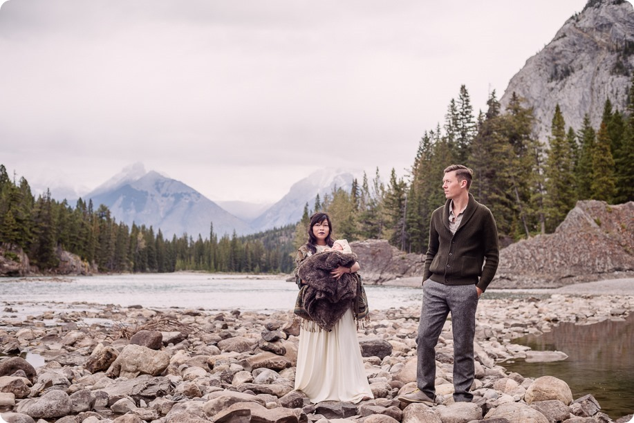 Banff-portraits_moss-forest_Fairmont-bohemian-family-session-newborn_11_by-Kevin-Trowbridge