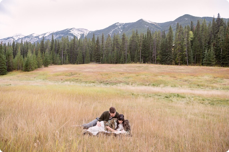 Banff-portraits_moss-forest_Fairmont-bohemian-family-session-newborn_19_by-Kevin-Trowbridge