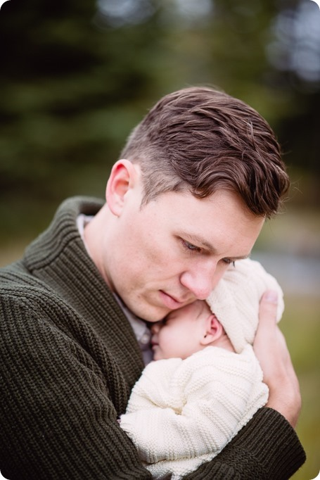 Banff-portraits_moss-forest_Fairmont-bohemian-family-session-newborn_20_by-Kevin-Trowbridge