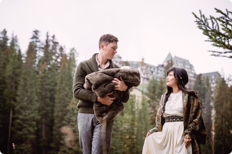 Banff-portraits_moss-forest_Fairmont-bohemian-family-session-newborn_32_by-Kevin-Trowbridge