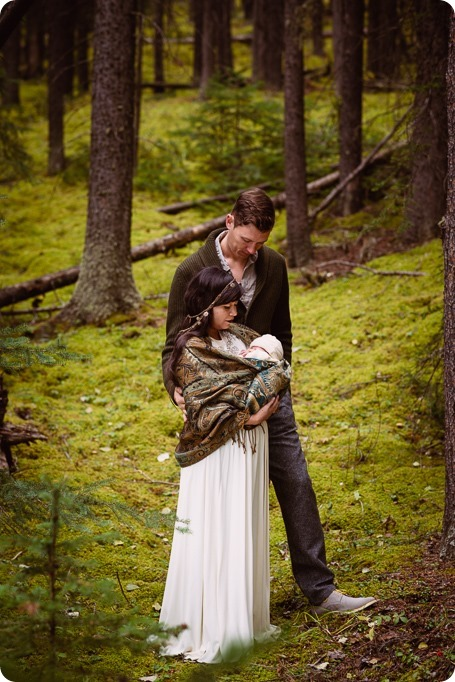 Banff-portraits_moss-forest_Fairmont-bohemian-family-session-newborn_38_by-Kevin-Trowbridge