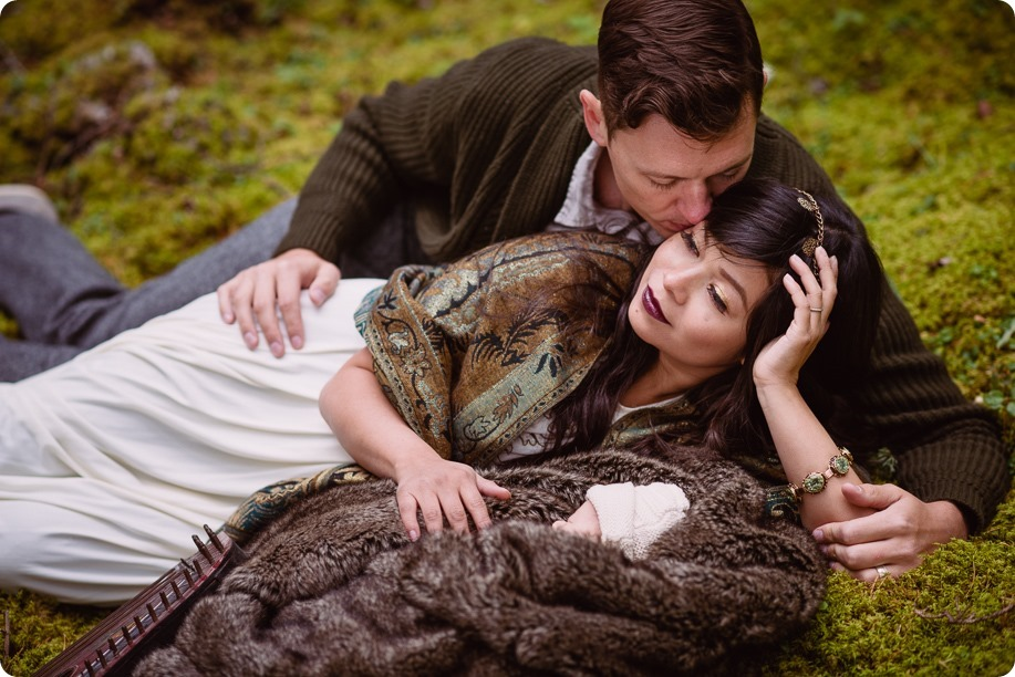 Banff-portraits_moss-forest_Fairmont-bohemian-family-session-newborn_52_by-Kevin-Trowbridge