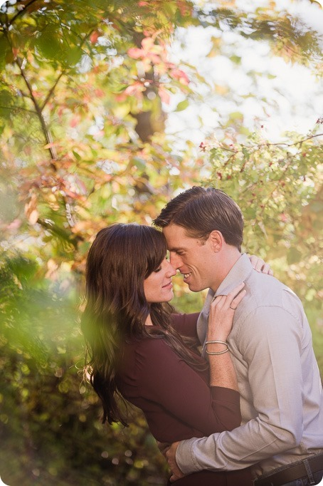 Kelowna-wedding-photographer_Okanagan-engagement-photography-kaloya-park_40408_by-Kevin-Trowbridge