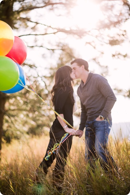 Kelowna-wedding-photographer_Okanagan-engagement-photography-kaloya-park_85593_by-Kevin-Trowbridge