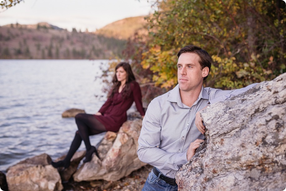 Kelowna-wedding-photographer_Okanagan-engagement-photography-kaloya-park_86069_by-Kevin-Trowbridge