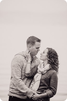 Kelowna-wedding-photographer_Okanagan-engagement-session-Fintry-park__41288_by-Kevin-Trowbridge