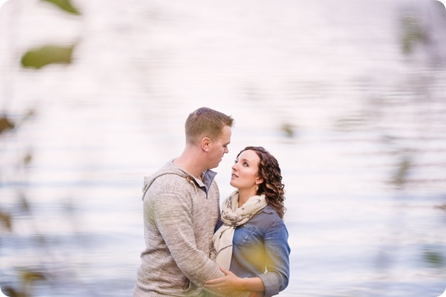 Kelowna-wedding-photographer_Okanagan-engagement-session-Fintry-park__41291_by-Kevin-Trowbridge