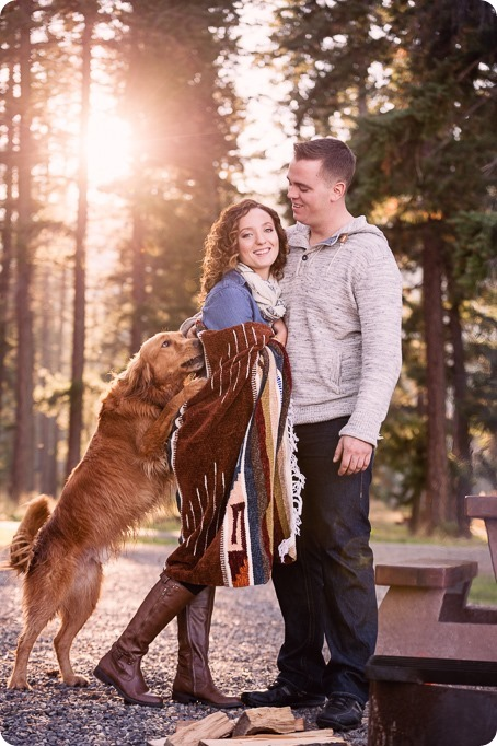 Kelowna-wedding-photographer_Okanagan-engagement-session-Fintry-park__41517_by-Kevin-Trowbridge