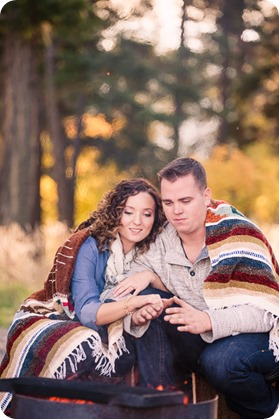 Kelowna-wedding-photographer_Okanagan-engagement-session-Fintry-park__41539_by-Kevin-Trowbridge