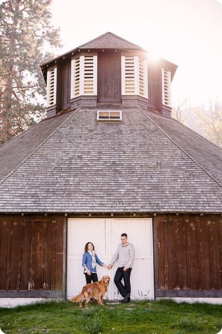 Kelowna-wedding-photographer_Okanagan-engagement-session-Fintry-park__86137_by-Kevin-Trowbridge