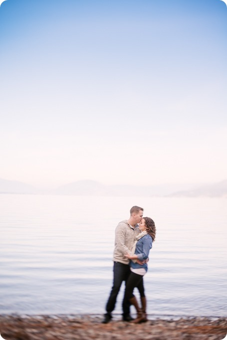 Kelowna-wedding-photographer_Okanagan-engagement-session-Fintry-park__86393_by-Kevin-Trowbridge