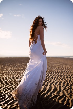 White-Rock-beach_sunrise-portraits_trash-the-dress_bridal-anniversary_80_by-Kevin-Trowbridge