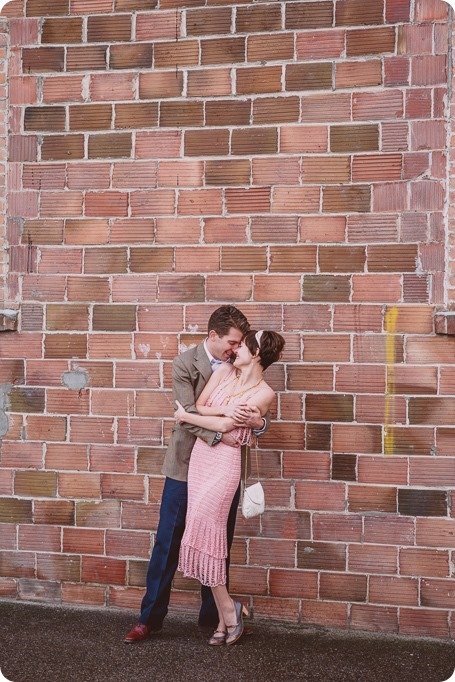Kelowna-engagement-session_Gatsby-portraits_flapper-dancing-Charleston_208_by-Kevin-Trowbridge
