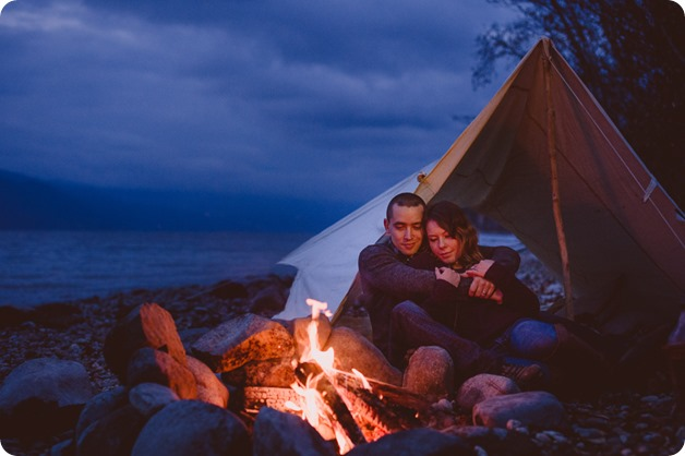 Okanagan-engagement-session_camping-lake-portraits_dog-tent-coffee-campfire_101_by-Kevin-Trowbridge