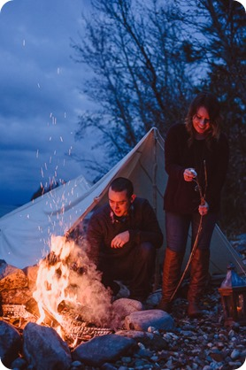 Okanagan-engagement-session_camping-lake-portraits_dog-tent-coffee-campfire_102_by-Kevin-Trowbridge