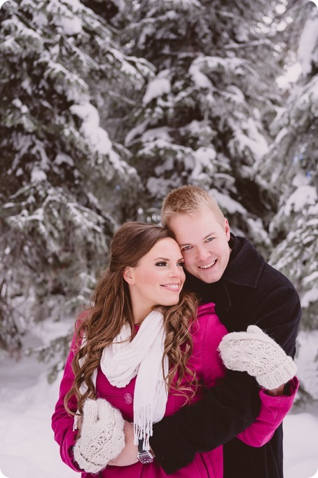 Silverstar-engagement-session_outdoor-skating-portraits_snow-pond-coffeeshop_30_by-Kevin-Trowbridge