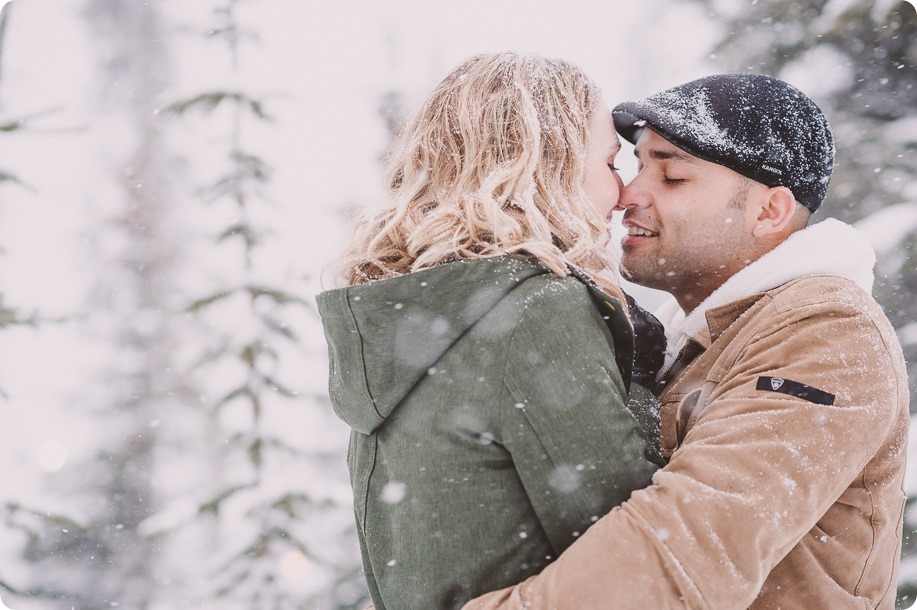 Big-White-engagement-session_Okanagan-photographer_snowy-winter-couples-portraits__46431_by-Kevin-Trowbridge