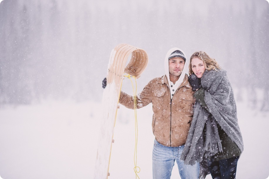 Big-White-engagement-session_Okanagan-photographer_snowy-winter-couples-portraits__46583_by-Kevin-Trowbridge