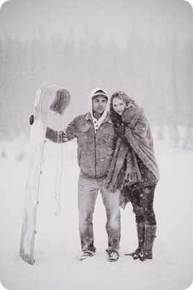 Big-White-engagement-session_Okanagan-photographer_snowy-winter-couples-portraits__46585_by-Kevin-Trowbridge-2