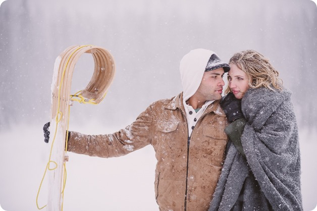 Big-White-engagement-session_Okanagan-photographer_snowy-winter-couples-portraits__46595_by-Kevin-Trowbridge