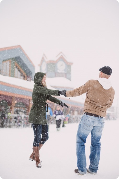 Big-White-engagement-session_Okanagan-photographer_snowy-winter-couples-portraits__81800_by-Kevin-Trowbridge