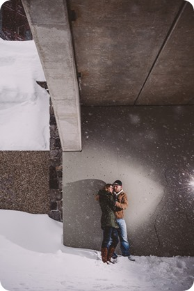 Big-White-engagement-session_Okanagan-photographer_snowy-winter-couples-portraits__81863_by-Kevin-Trowbridge