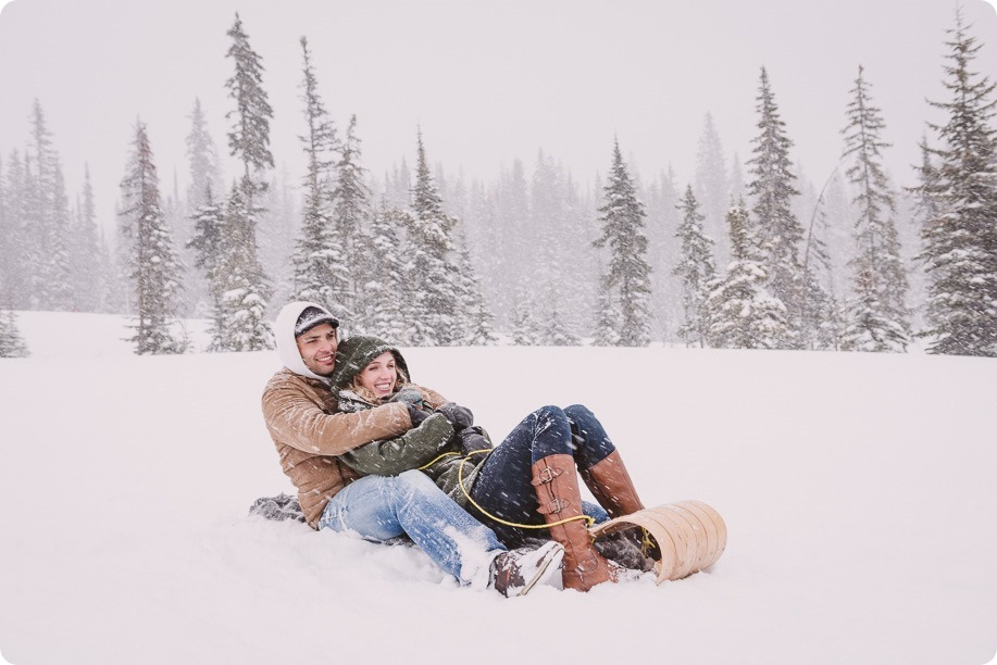 Big-White-engagement-session_Okanagan-photographer_snowy-winter-couples-portraits__82025_by-Kevin-Trowbridge