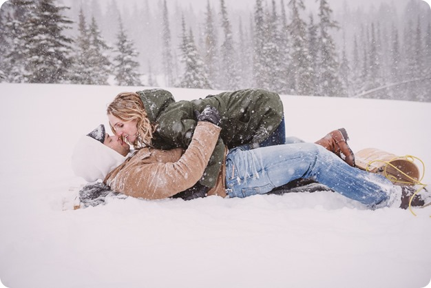 Big-White-engagement-session_Okanagan-photographer_snowy-winter-couples-portraits__82038_by-Kevin-Trowbridge