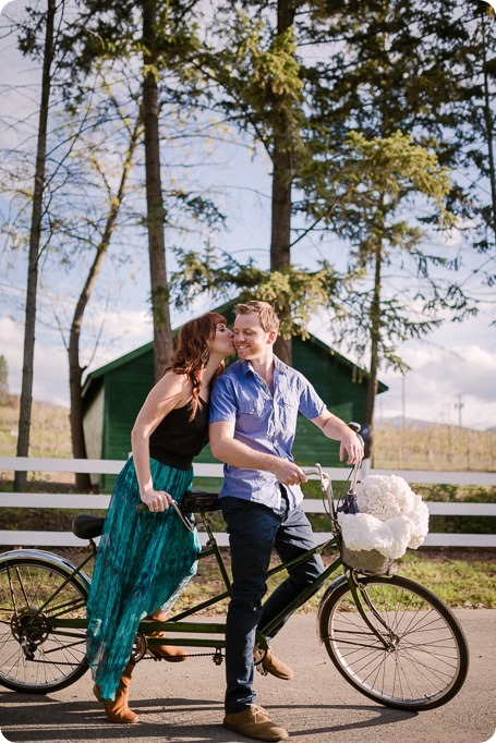 Kelowna-wedding-photographer_cherry-blossom-engagement-session_sunset-couples-portraits_tandem-bike__85420_by-Kevin-Trowbridge