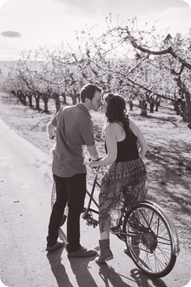 Kelowna-wedding-photographer_cherry-blossom-engagement-session_sunset-couples-portraits_tandem-bike__40181_by-Kevin-Trowbridge-2