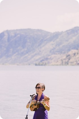 Kaleden-wedding_lake-portraits-rowboat-127_by-Kevin-Trowbridge-photography_Kelowna