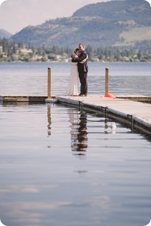 Kaleden-wedding_lake-portraits-rowboat-161_by-Kevin-Trowbridge-photography_Kelowna